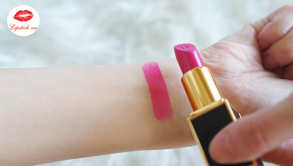 tom-ford-electric-pink